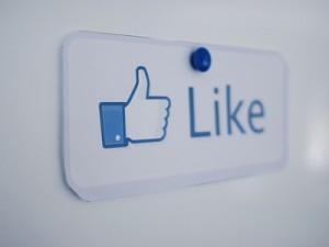 Facebook-Like-400x300
